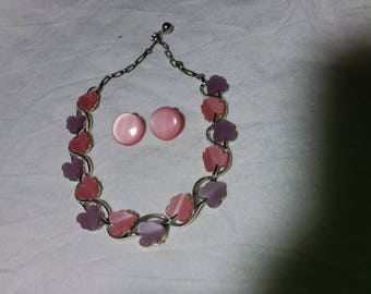 Vintage pink and purple leaf or flower? Necklace. Estate found. Costume jewelry. Clip on earrings.