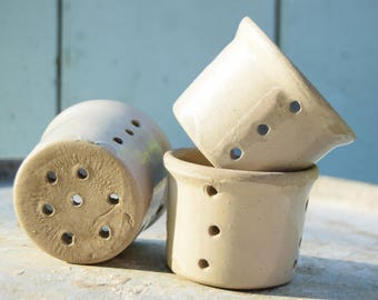 3 small drainers cheese / cottage cheese / Terra cotta glazed grey / French country