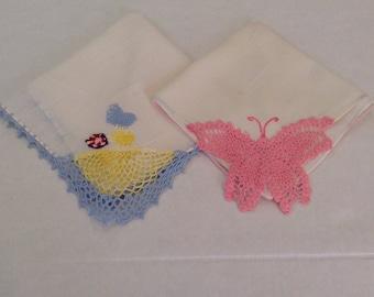 Vintage Handkerchiefs / 2 Crochet