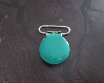 a clip / pacifier round green enameled metal