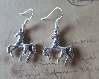 Horse Earrings ~ Silver Colors ~