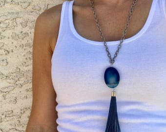 Navy Stone & Tassel Pendant with Gunmetal Chain Necklace
