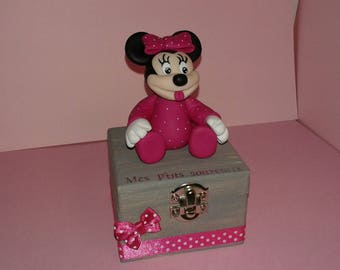 Available!  Minnie memories box