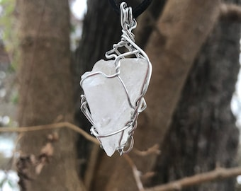 Wire wrapped quartz