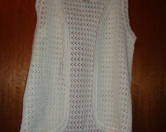 Acrylic sleeveless cardigan vest