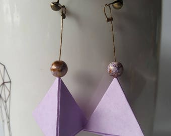 Pyramids earrings in pale purple origami