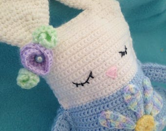 Daisy The Sleepy Bunny (Rattle N' Shake)
