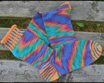 "handknitted socks women size UK 6,5-7,5 US 8,5-9,5 ""funny rainbow"""
