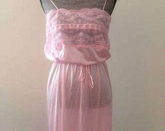Vintage Lingerie Textsheen Nightgown