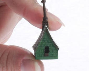 Tiny Miniature Irish Cottage Birdhouse - Only 1-1/2 inch high