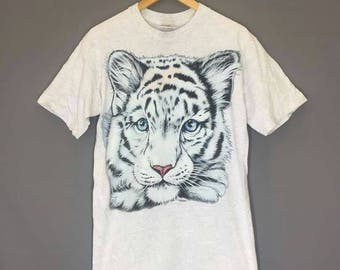 Vintage T Shirt Tiger Design Size Medium