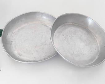 Set of 2 vintage aluminum, vintage decorative plates