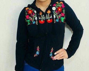 Mexican Embroidered Hoodie Sweater size Extra Small−Small /