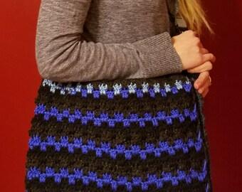Handmade Messenger Purse | Crochet | Inside Zipper Pocket | Adjustable Strap | Inside Lining | Women's Purses