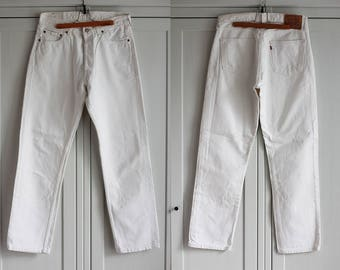 Levis 517 Jeans White Denim High Waist Size W33 L32  Button Fly Vintage Boyfriend Men Women Jeans Made in UK