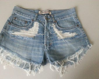 High waisted Denim Shorts Destroyed Ripped Jeans Vintage Cut Off Grunge Rock n Roll Summer Festival Style Boho Look Size W29