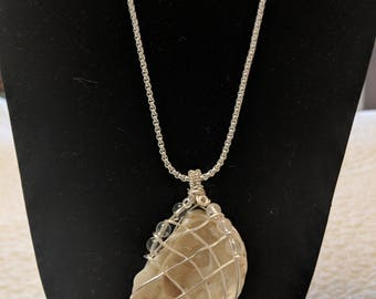 """Natural Oyster Shell Necklace on 24"""" Silver-toned Box Chain"""