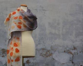 Airy lightweight wool scarf, Fransenschal grey/blue with eco-print eucalyptus in Orange, stoles, handmade,