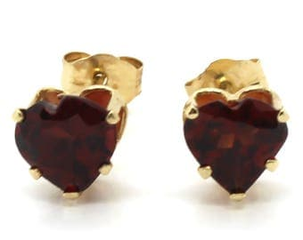 14K Yellow Gold 6x6mm Heart Shaped Red Garnet Stud Earrings