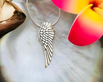 SOLID .925 STERLING SILVER -  Feathers & Wing Pendant