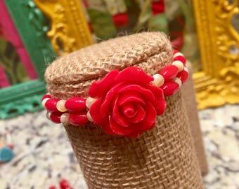 Large rose stretch bracelet