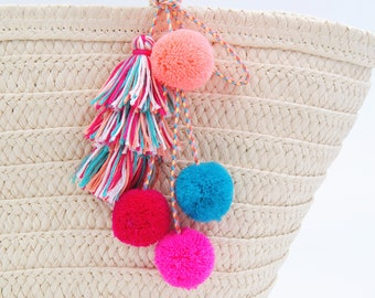 Women's Colourful PomPom Tasseled Keychain Charm - The Boho Pom Pom Design Is Perfect For Beach Bags And Purses