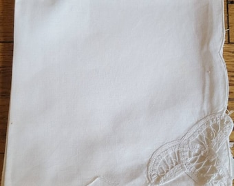 Vintage White Cotton Cloth Napkins with Lace Set of 6