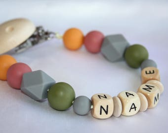 Personalised Wooden Dummy Clip/BPA Free/Non Toxic Silicone Beads/Chain/holder