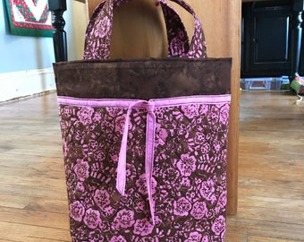 Tote Bag, Handmade Tote, Quilted Tote, Quilted Bag.