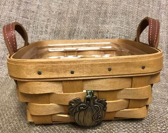 Longaberger  blueberry basket with protector and basket tag