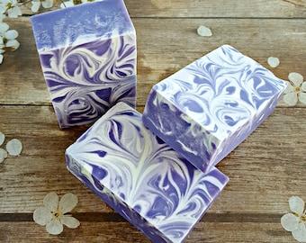 Lavender Soap, Bar Soap, Natural Soap, Purple Soap, Purple Bathroom Decor, Artisan Soap, Handmade Soap, Soap Gift, Gifts for Sis