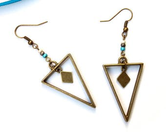 Triangle earrings geometric diamond ♦ bronze metal earrings triangle brass beads diamond shape