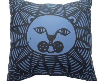 Lion pillow cover, lion cushion cover, lion home decor, African home decor, screen printed, original design without insert