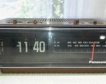 "Vintage Flip-Style Alarm Clock Radio Panasonic RC 6015  // ""Back to the Future"" Model"