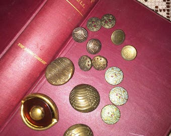 Vintage Buttons - Assorted Antique Gold Buttons Set of 15