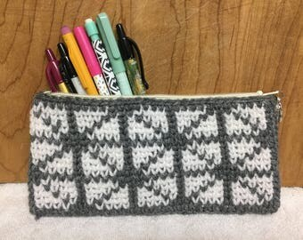 Geometric Diamonds Crochet Pouch