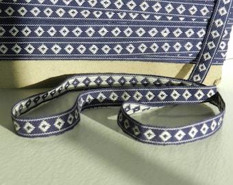 Navy blue stripe white diamonds