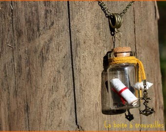 """A bottle"" necklace"