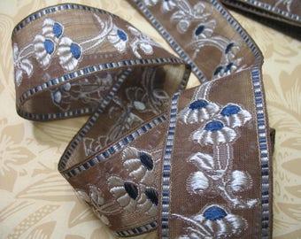 366 cm Vintage Antique Art Nouveau Trim Brown