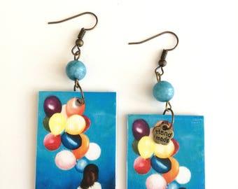 Paper pendant earrings