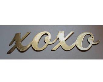 xoxo Metal Wall Art Decor Accent Gold