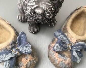 Kids felted slippers 100% handmade