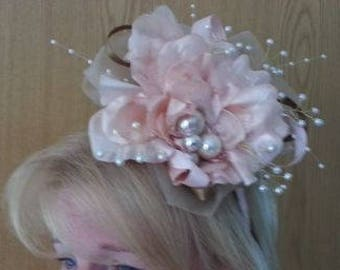 Handmade Fascinator, ideal for weddings or the races.