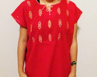 M-L Embroidered Red Shirt