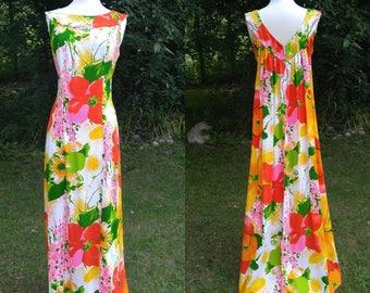 1960s kaftan Hawaiian maxi dress