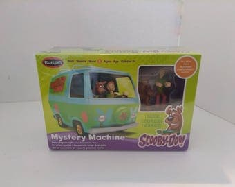 Scooby Doo Mystery Machine model kit