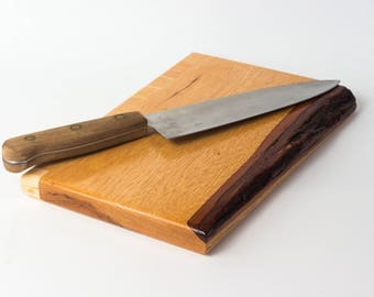 Cutting Board || Live Edge Cutting Board || Wood Serving Tray