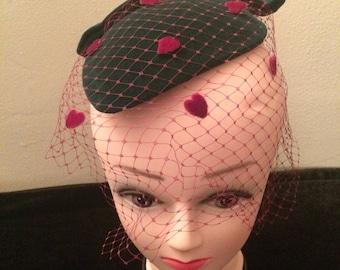 Fascinator style vintage Hat with Veil