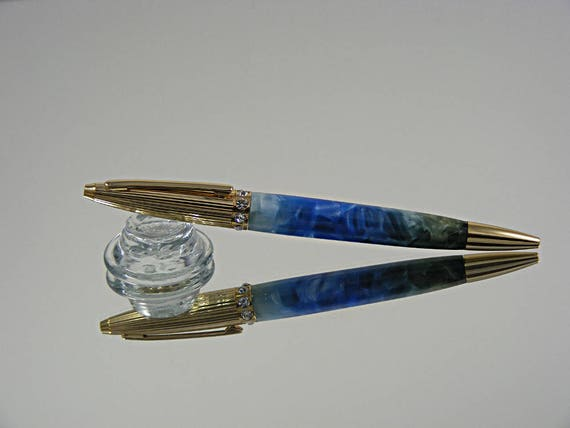 Elegant Women's Pen in 24k Gold and Acrylic