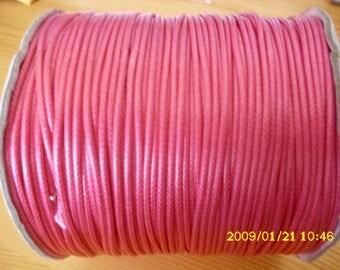1 meter of waxed nylon thread has 2mm pink shamballa